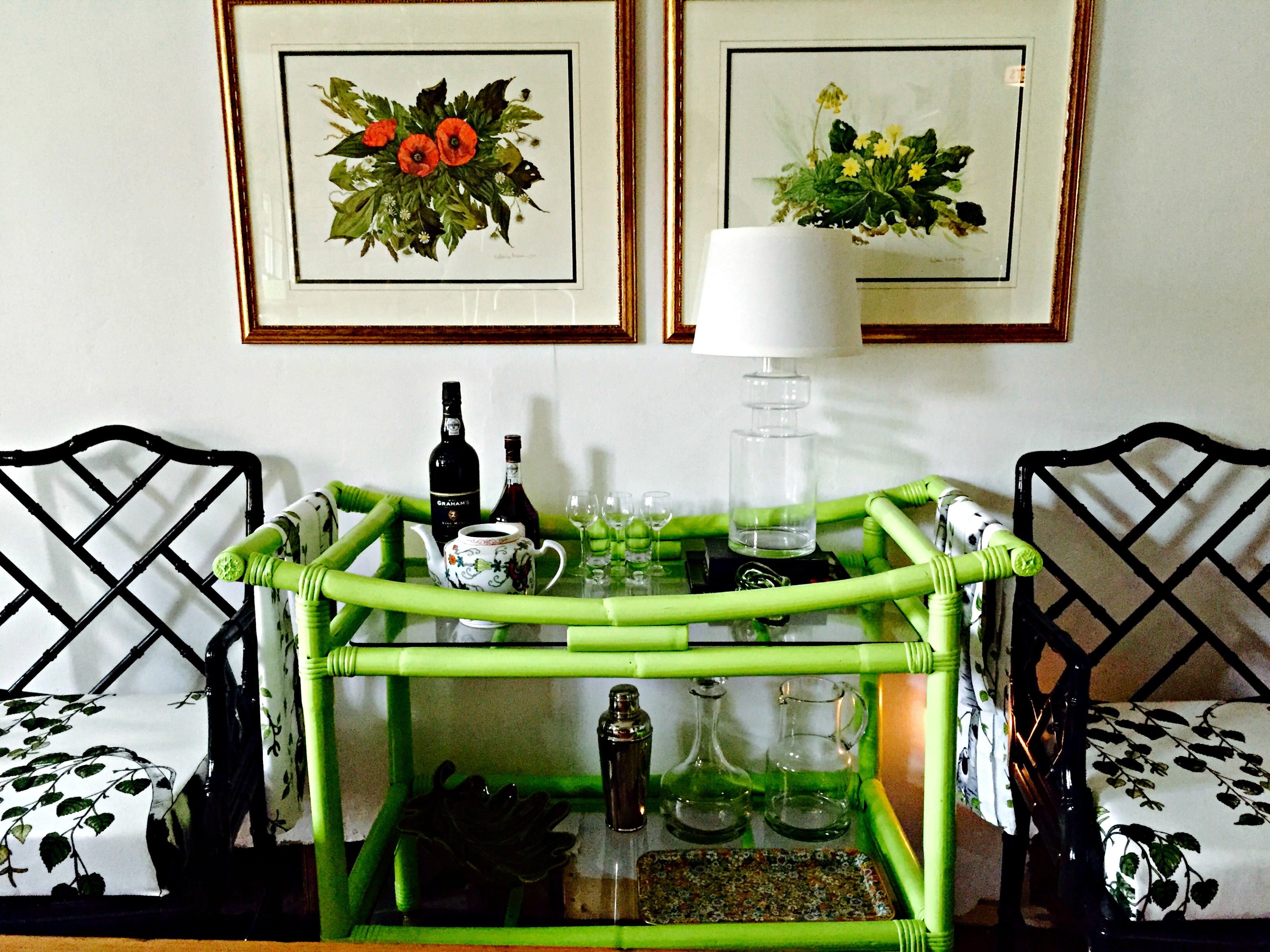bar-cart-and-chairs