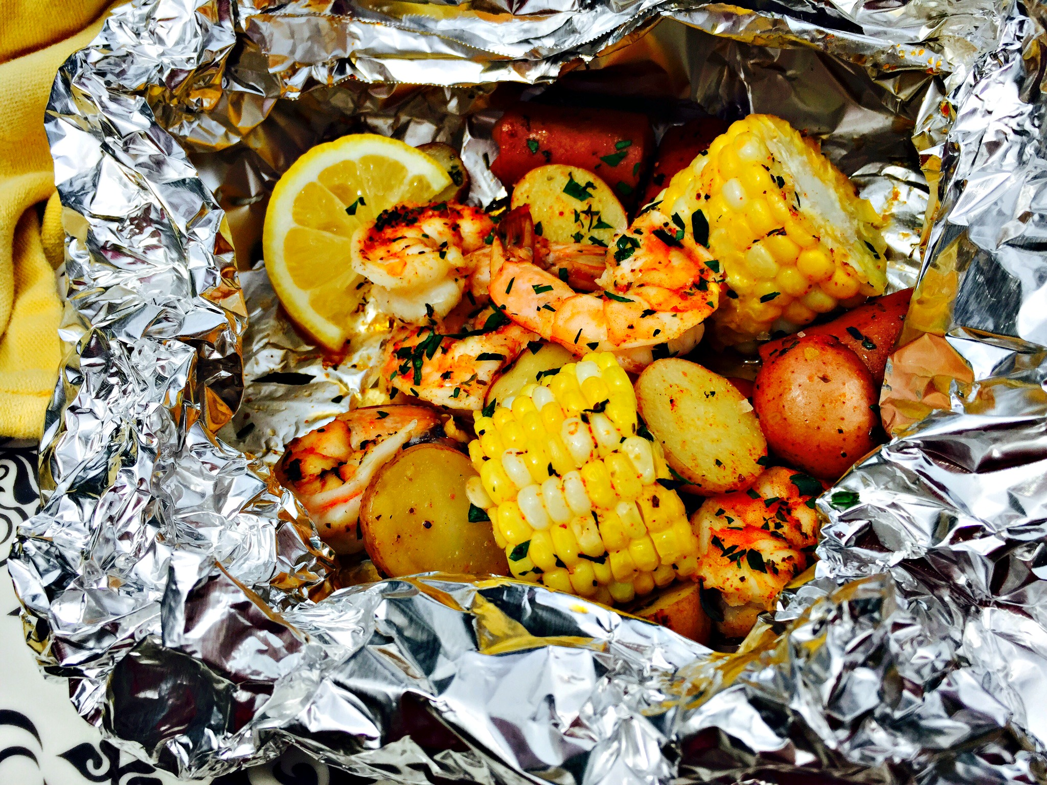 A Quick And Easy Weeknight Meal – Grilled Shrimp Boil