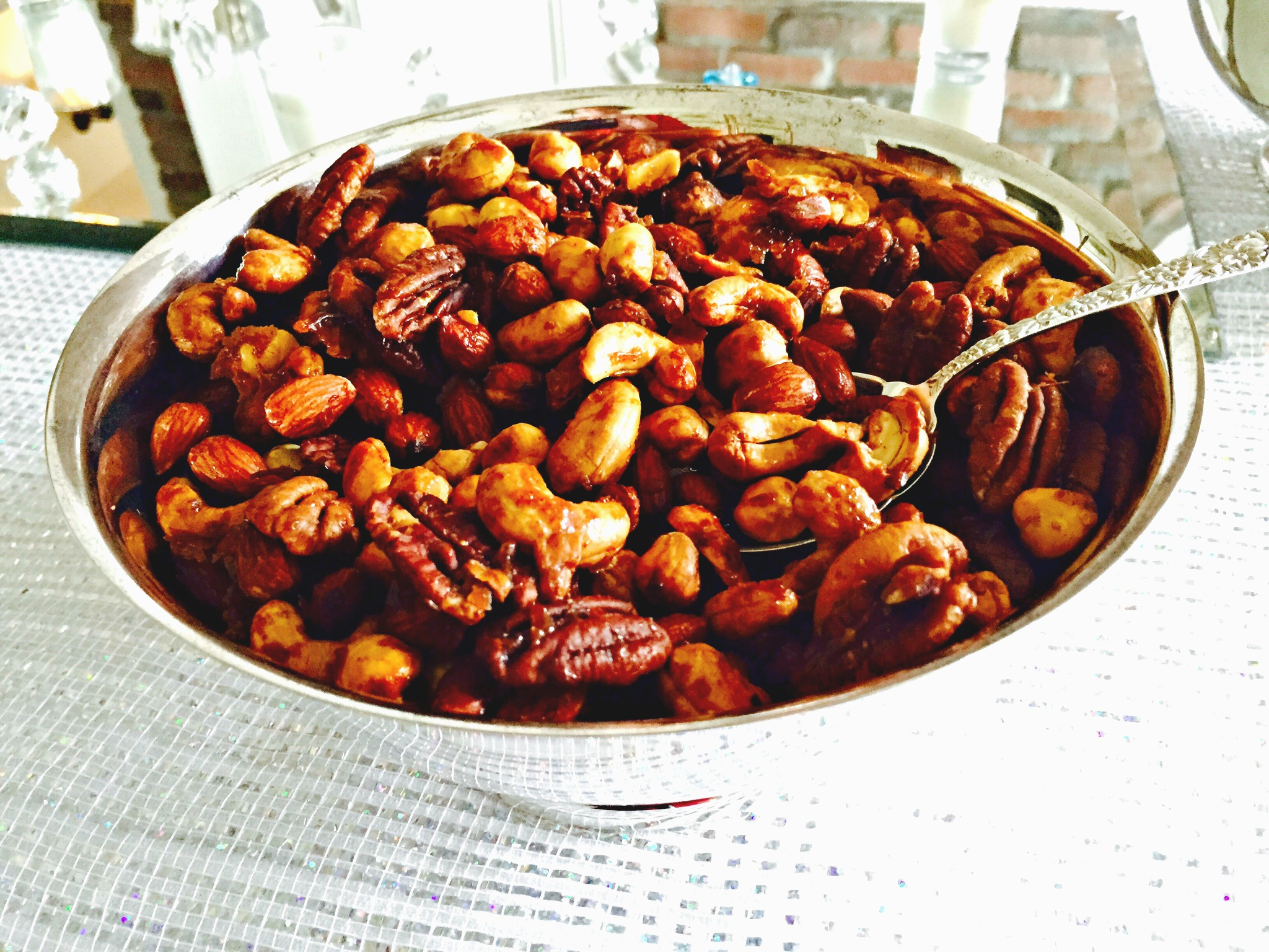 Sweet & Spicy Nut Mix