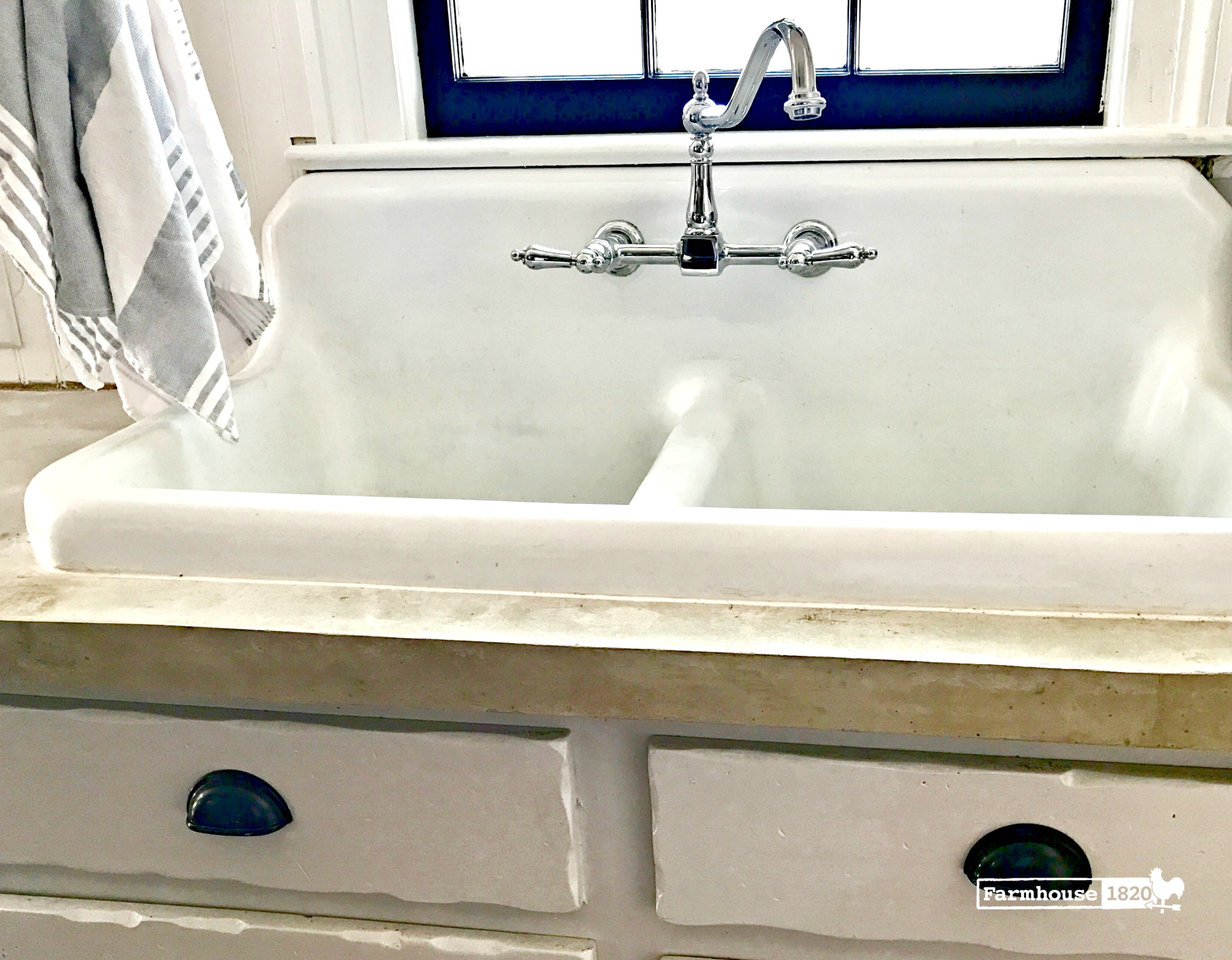 1940 farmhouse sink at farmhouse 1820