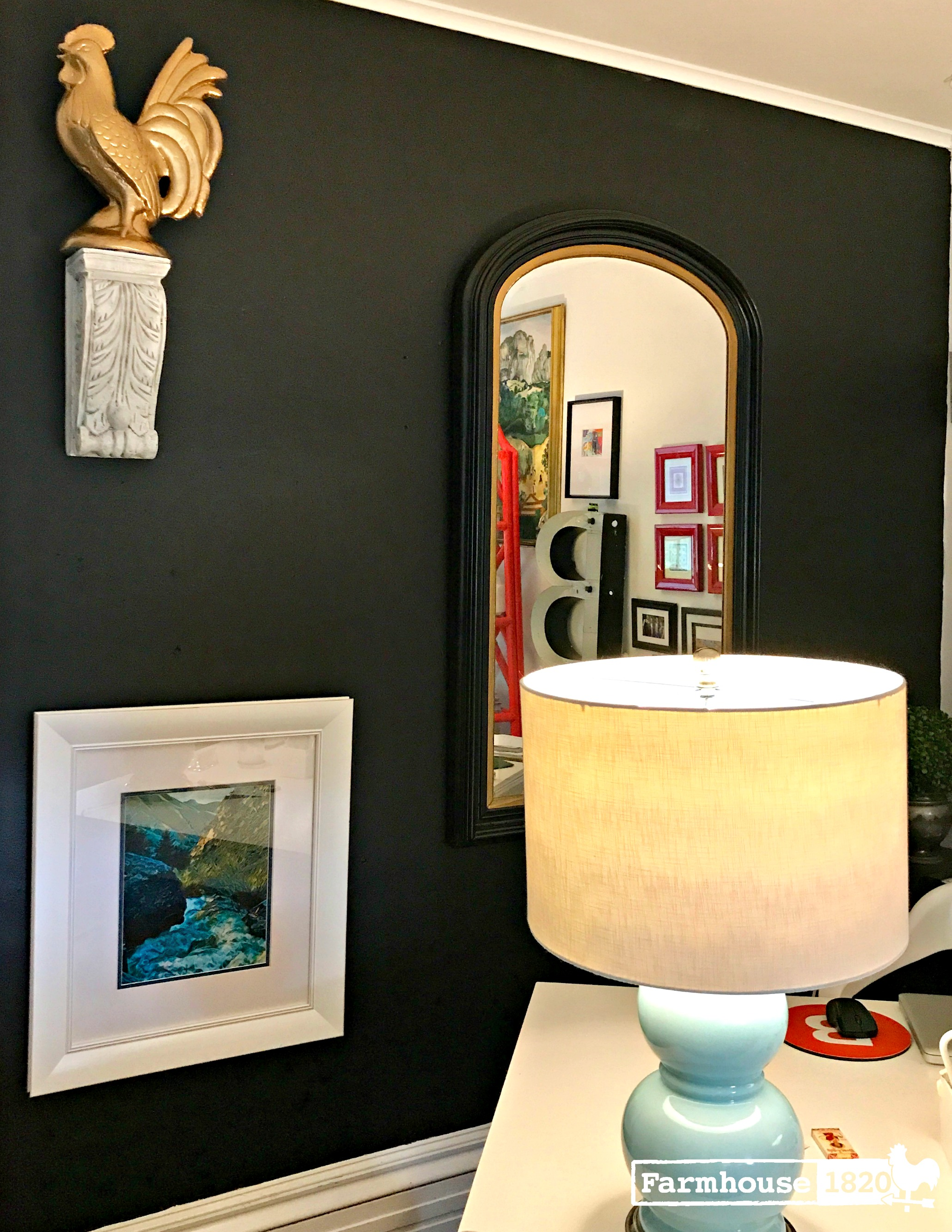 Accent wall - black accent is soothing