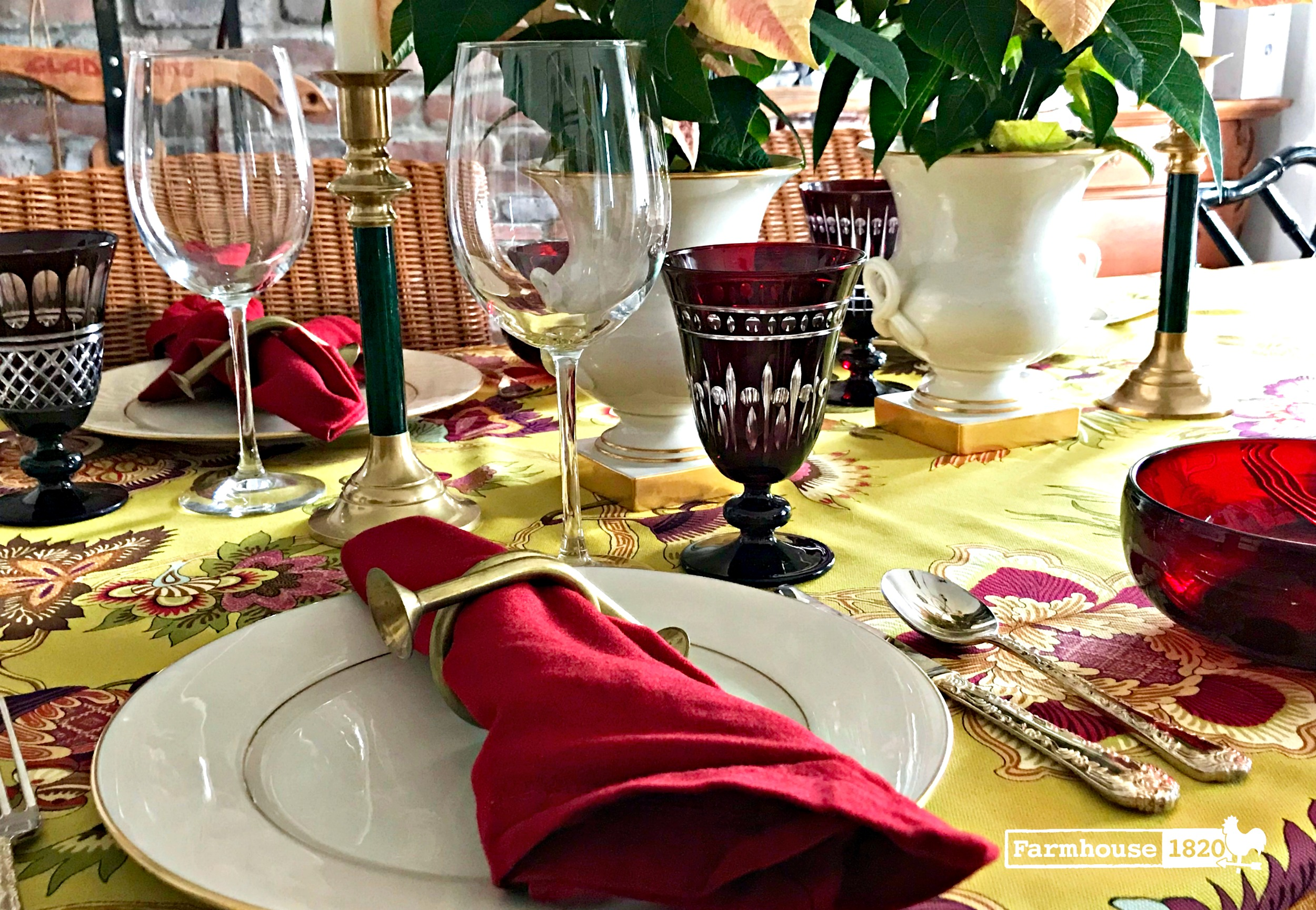 Christmas tablesetting 2017 - a chic modern mix