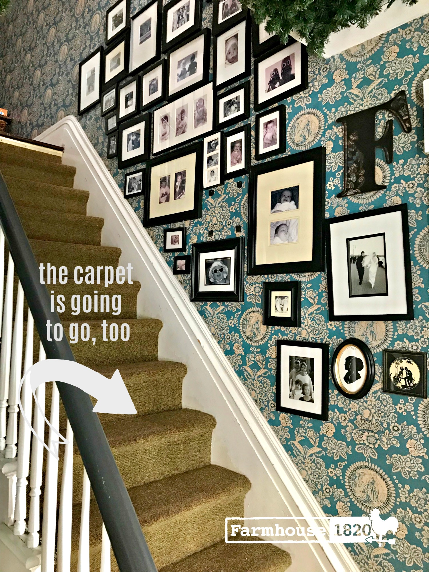 toille - wallpaper up the stairs