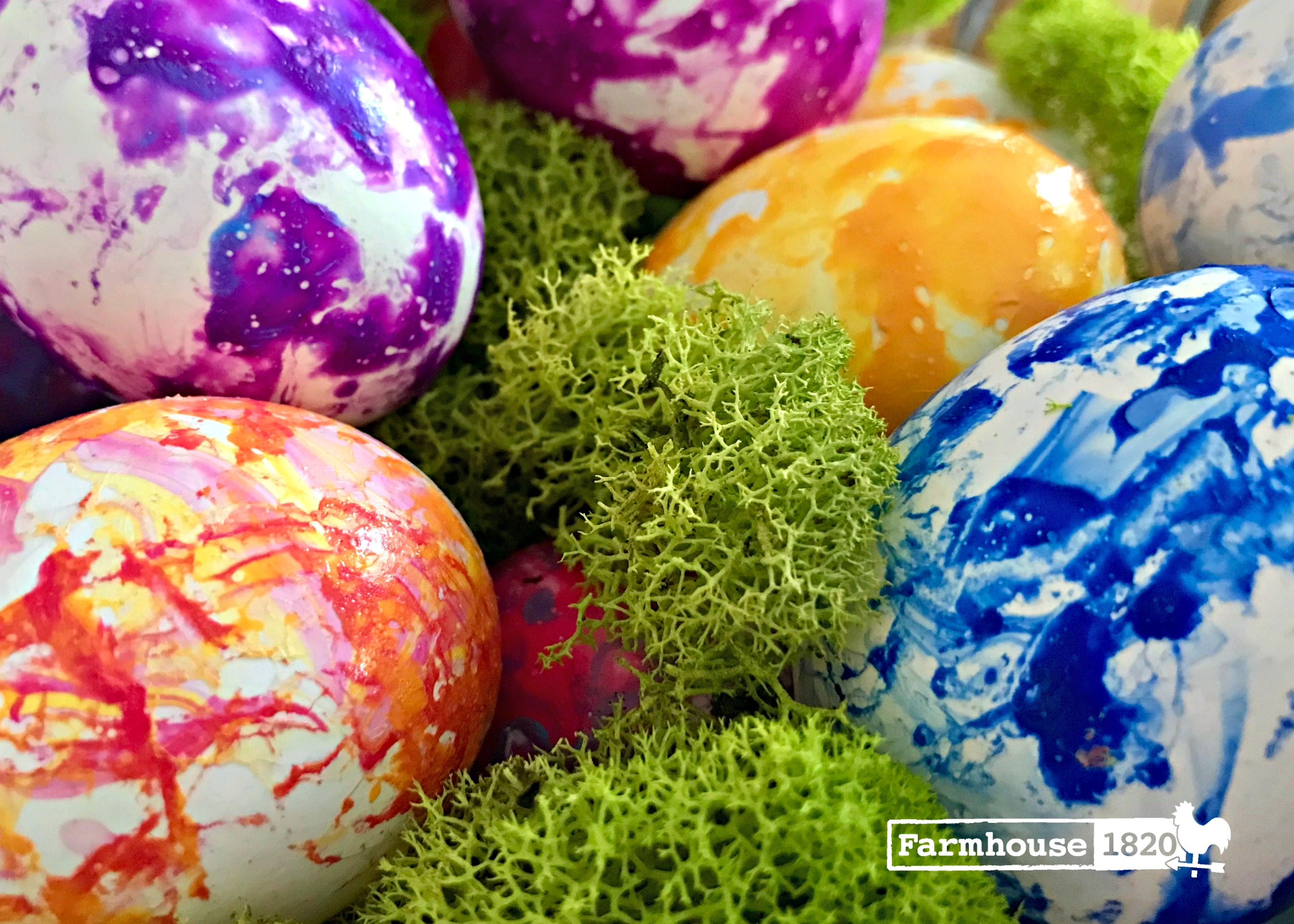 How To Marbleize Easter Eggs