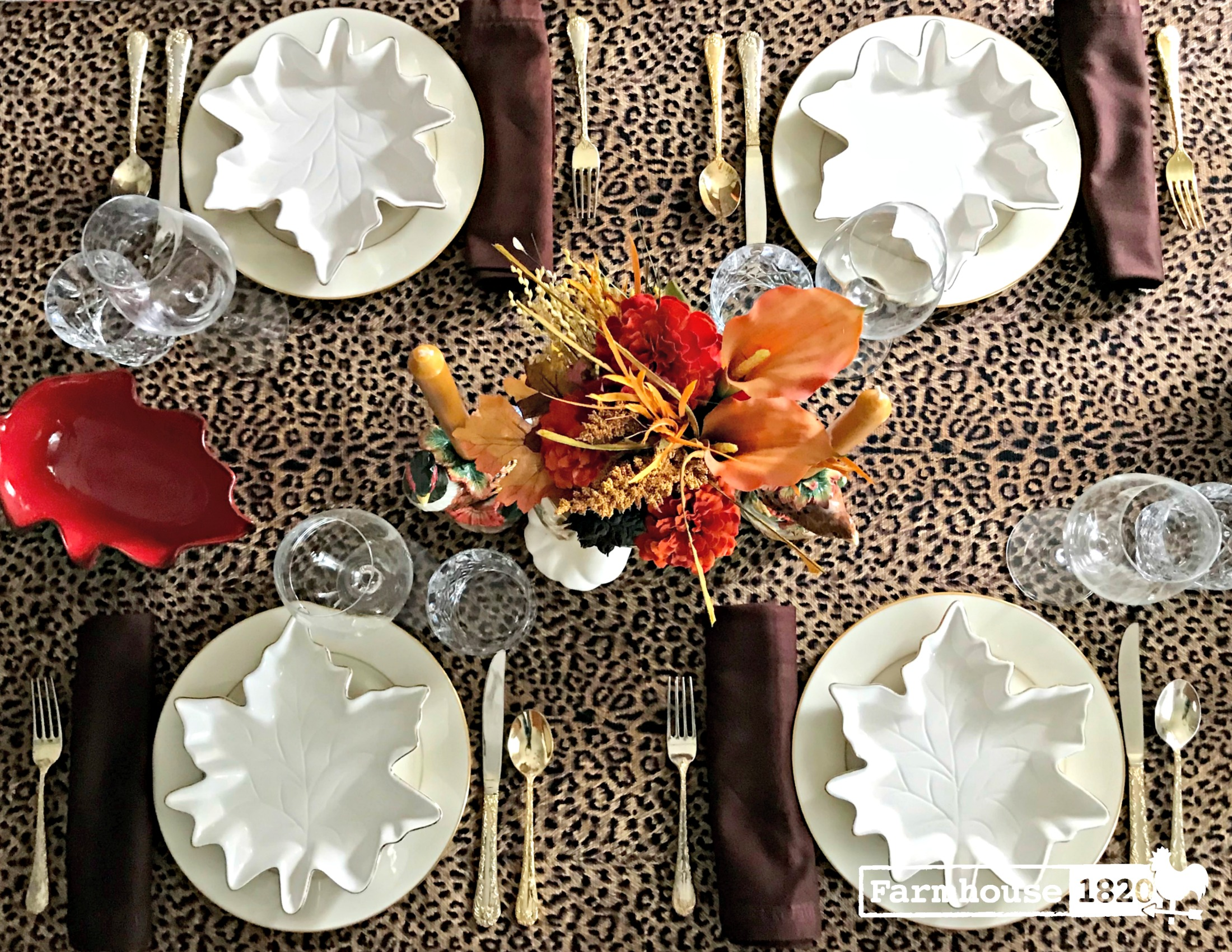 Thanksgiving table - a showstopping Thanksgiving tablescape